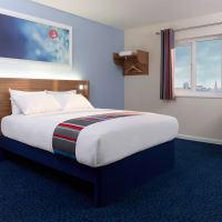 Travel Lodge Bath Central - RGV-2 Twin room - LARGE