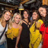 Guided Bar Crawl & Nightclub Entry