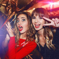 Guided Pub Crawl & Nightclub Entry