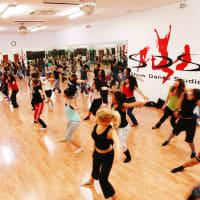 Showdance studios - indoor dance class