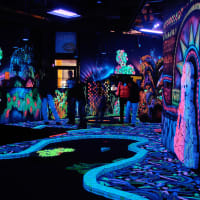 3D Crazy Golf In The Dark