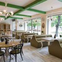 Zylinder Cafe Restaurant