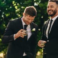 wedding day drinks friends