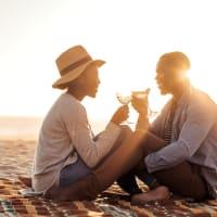 couple honeymoon