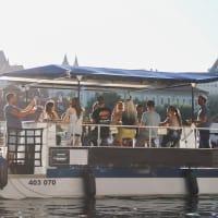 Prosecco Boat