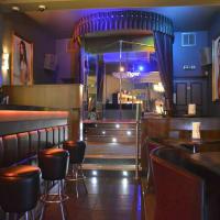 urban tiger bristol - interior of bar