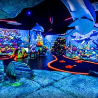 schwarzlichtviertel crazy golf interior - hamburg
