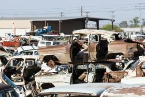 Car Junk Yard - exterior