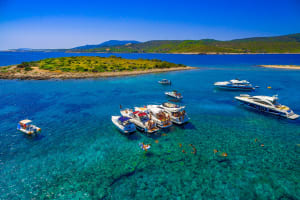 Luxury Speedboat To Pakleni Island
