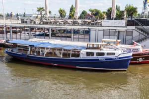 Barkasse Nina Hamburg River Cruise CHILLISAUCE