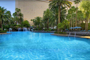 The Mirage - outdoor pool