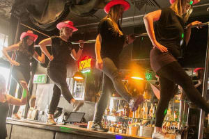 Coyote Ugly Experience, Hens Dancing on the Bar