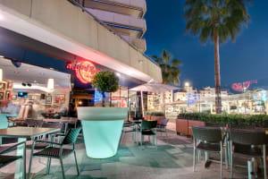 Hard Rock Cafe - marbella patio