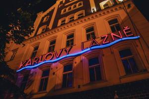 Karlovy Lazne Nightclub - exterior
