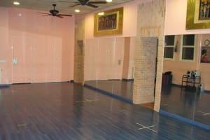 El Karnak Academia de Danza dance room