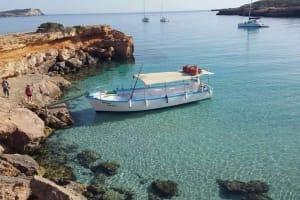 Mistral Boat location shot