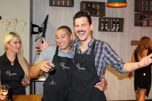 Cookery Class Barcelona, Chillisauce staff