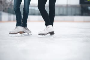 ice skate ice rig ice skating