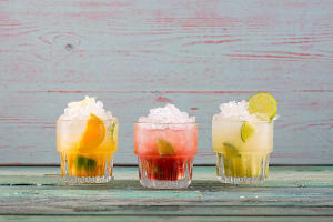 Las Iguanas gin cocktails