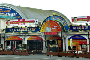 Merrie England Bar, Blackpool