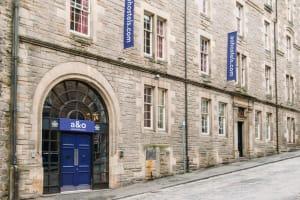 A&O Hostel Edinburgh - Exterior