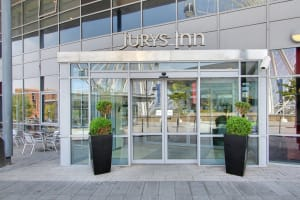 Jurys Inn - Liverpool - Outside