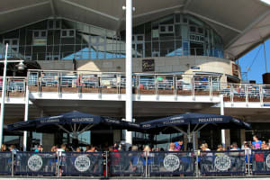 slug and lettuce and pizza express - Portsmouth - Exterior