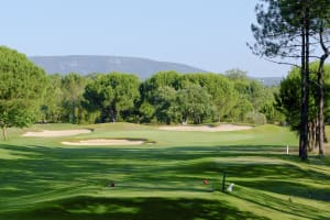 18 Holes at Quinta do Peru