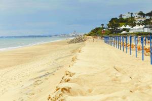 Praia da Oura beach