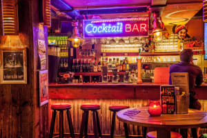 Coco's outback bar - Cocktail Bar