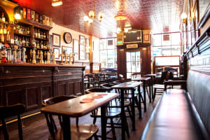 The Bow Bar - Best Pubs In Edinburgh