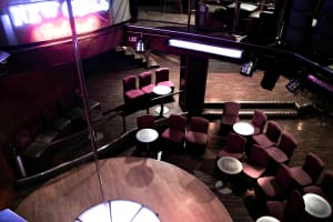 New Girls Cabaret - interior
