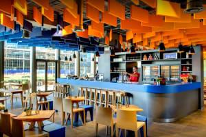 Meininger hotel Amsterdam - bar