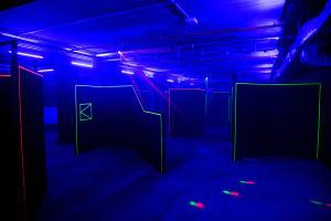 Laser tag mission arena