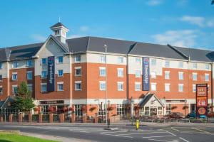Travelodge Hotel - Portsmouth - Outside