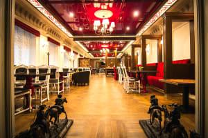 Troika Cafe - Interior