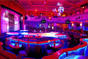 Goldfingers Gentlemen's Club - Prague - interior of club
