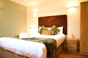 Roomzzz - Leeds Headingley