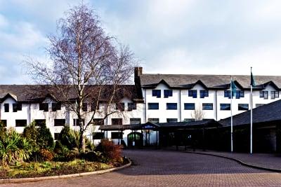 Copthorne hotel - front exterior