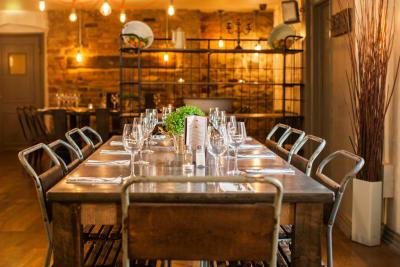 The Clifton Hotel - Racks Bar and Restaurant