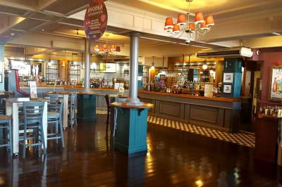 Yates - Blackpool - interior of bar