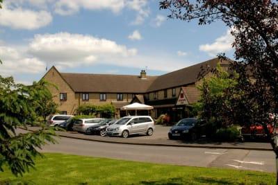 Oxford witney - exterior