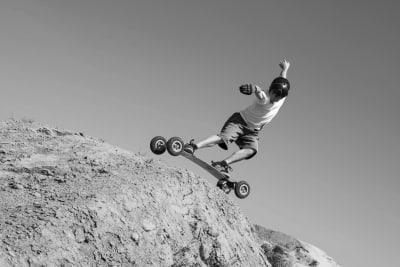A man mountain boarding