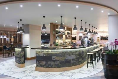 Mercure Cardiff - Bar2