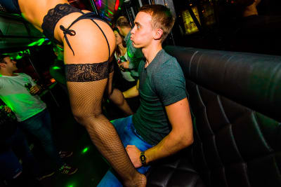 Budapest party bus stripper stag