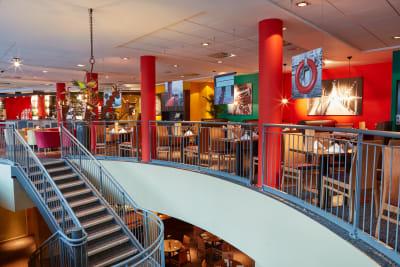 Future Inns Bristol - Bar and lounge