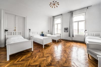 Urban Green Apartments Budapest four bed room