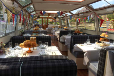 Oxford River Cruises Boat Party