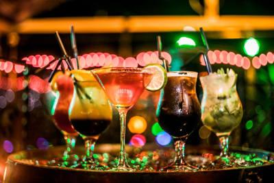 cocktail training black door