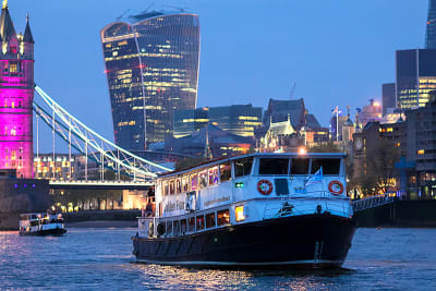 Mainstream Leisure boat party
